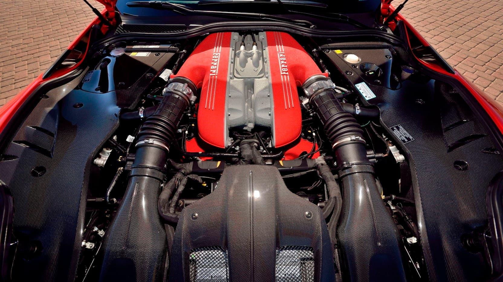 Ferrari F12tdf Roger Penske asta