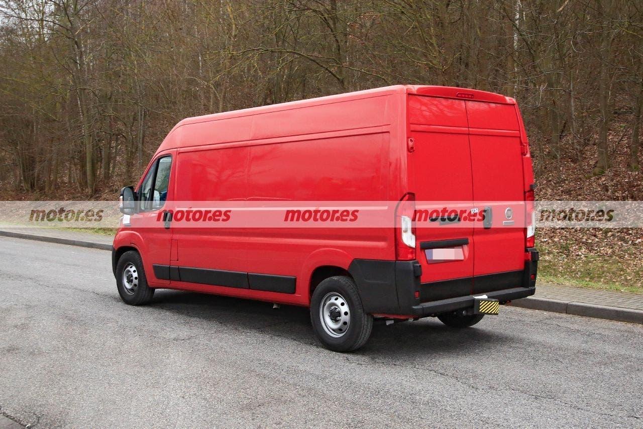 Fiat Ducato nuovo restyling foto spia