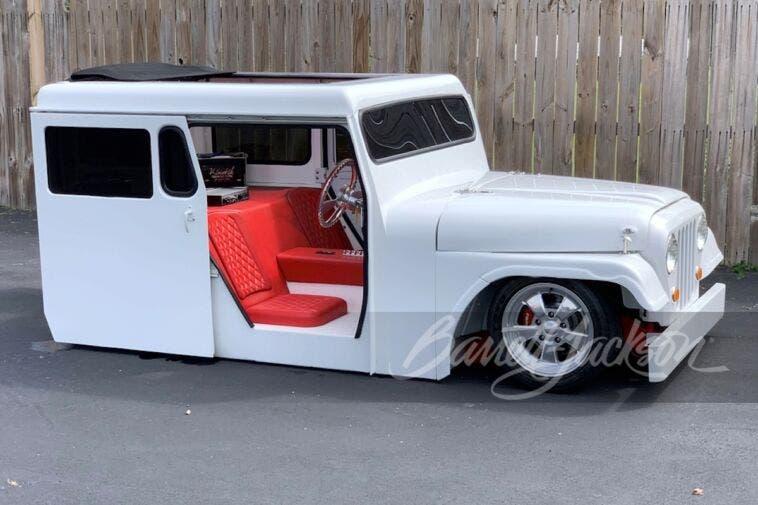 Jeep DJ 1971 asta