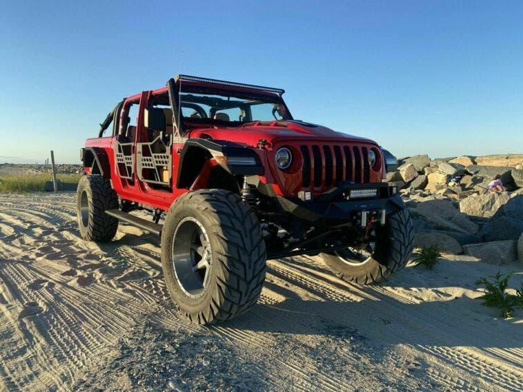 Jeep Gladiator modificato