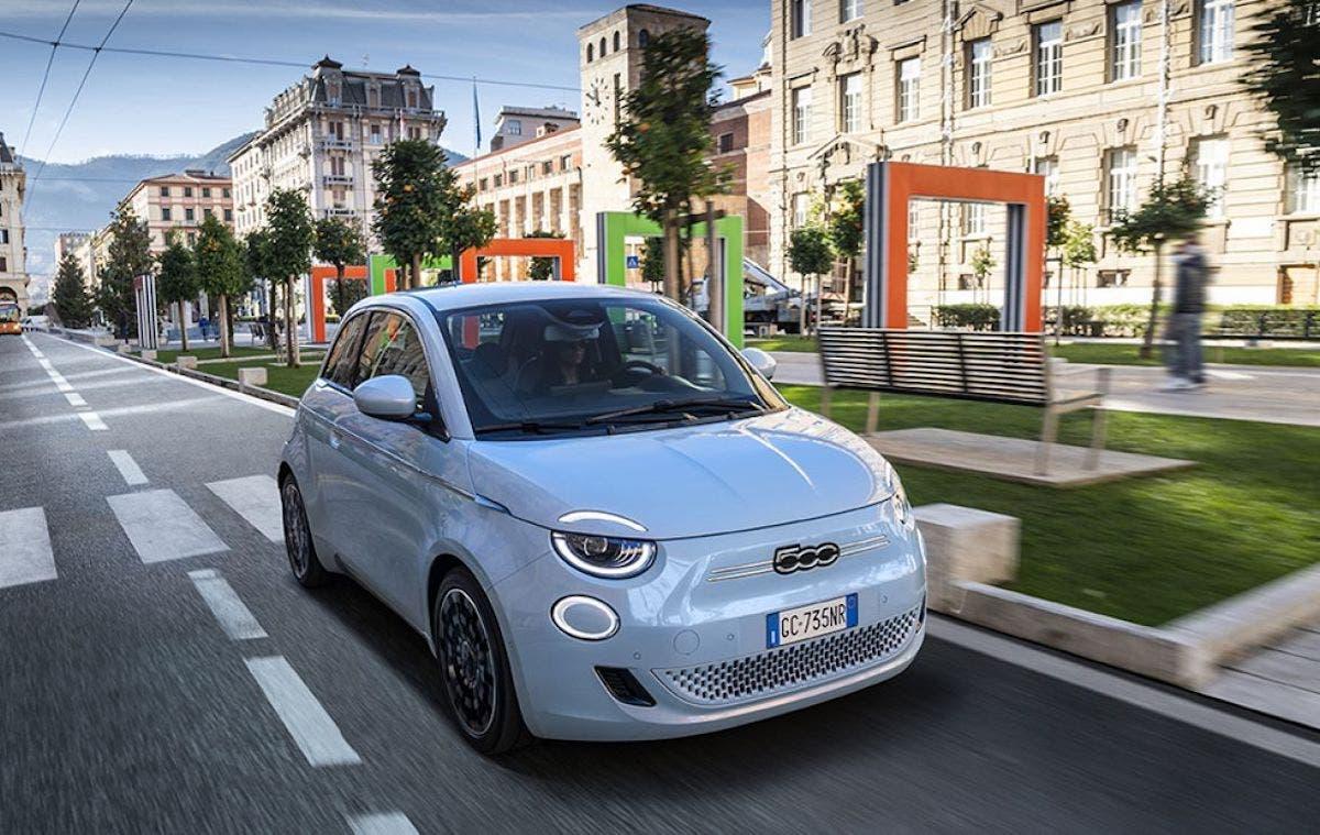Nuova Fiat 500 Elettrica La novità dell'anno 2021