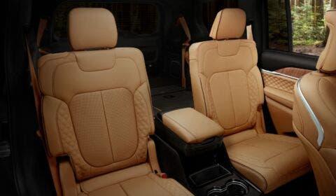 Nuova Jeep Grand Cherokee L interni