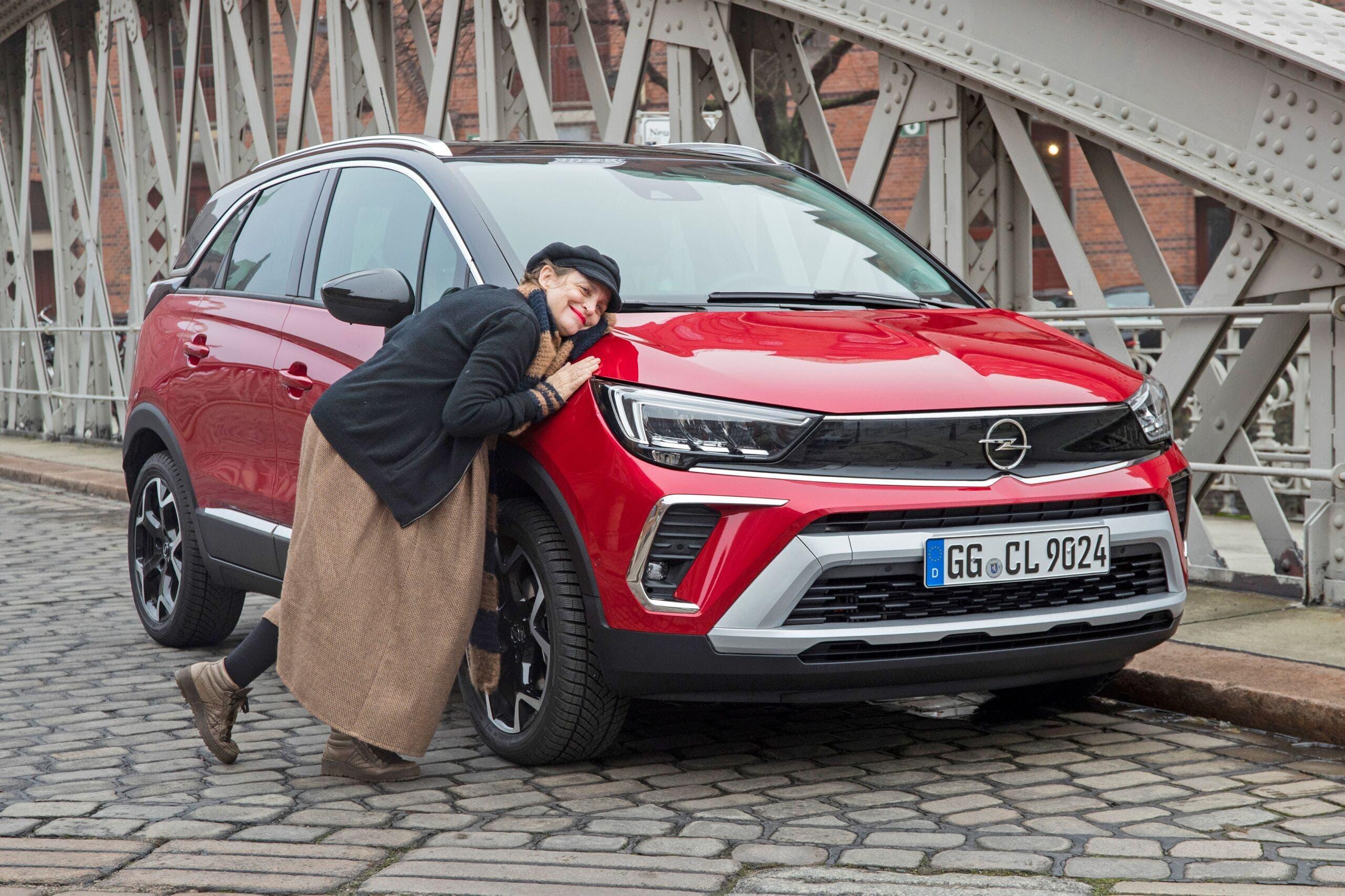 Nuovo Opel Crossland Katharina Thalbach