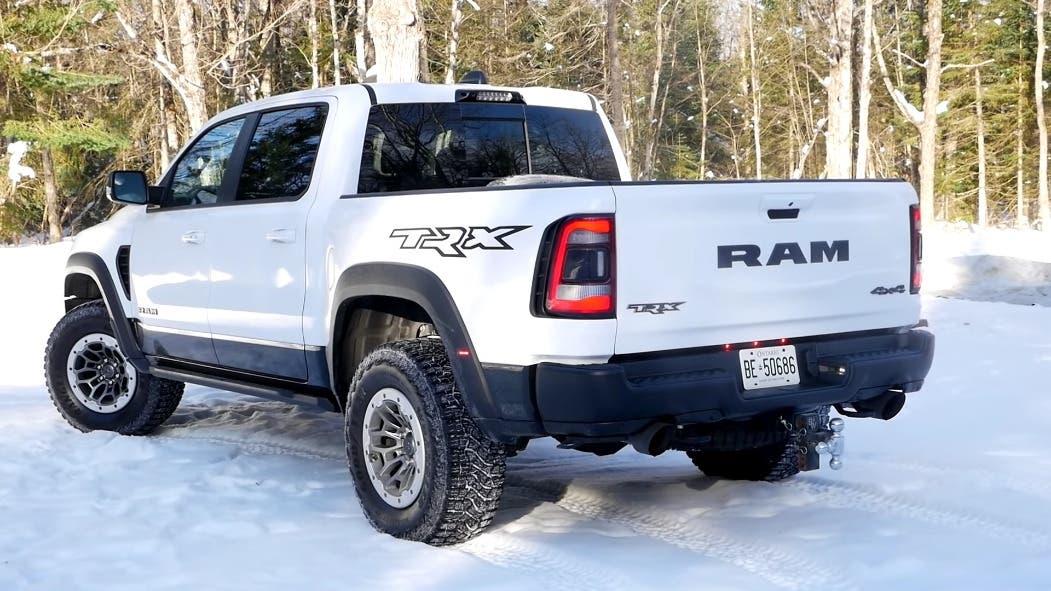 Ram 1500 TRX vs Chevrolet K10 1985