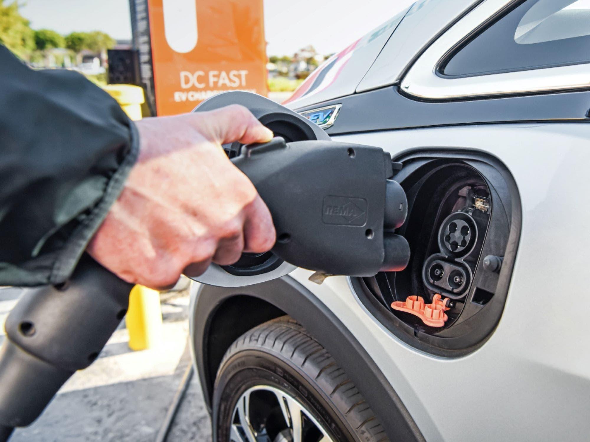 auto-elettriche-elettrica