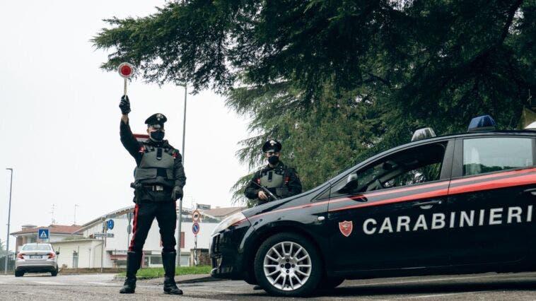 carabinieri-alt