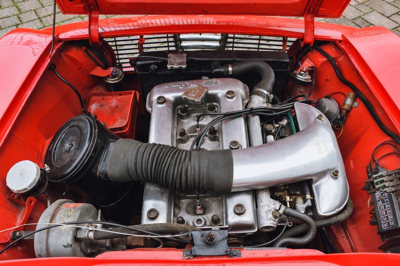 Alfa Romeo Giulia GTC 1965 asta