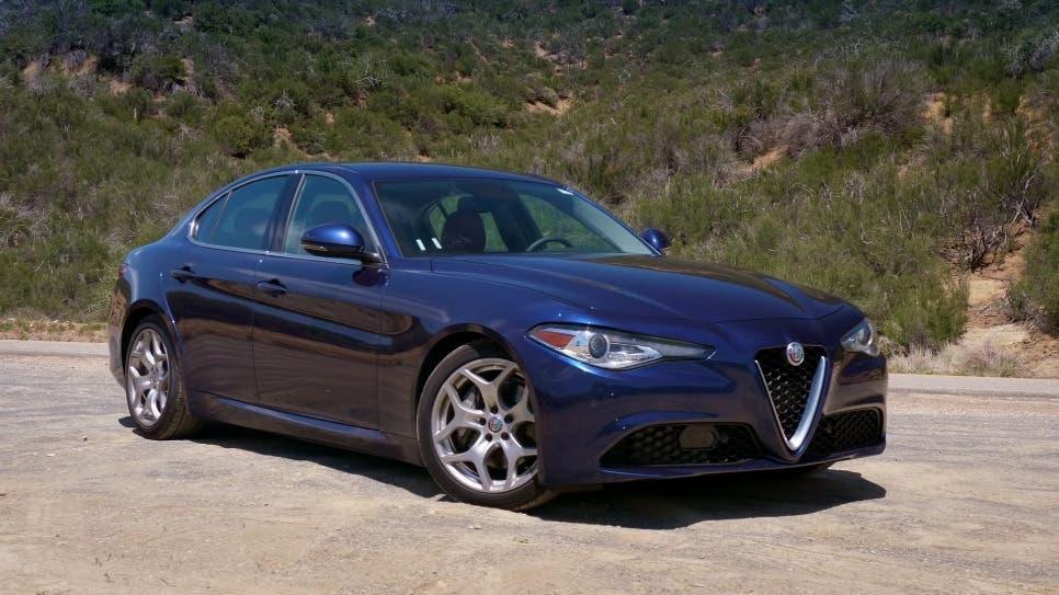 Alfa Romeo Giulia vs BMW 330i vs Genesis G70 3.3T
