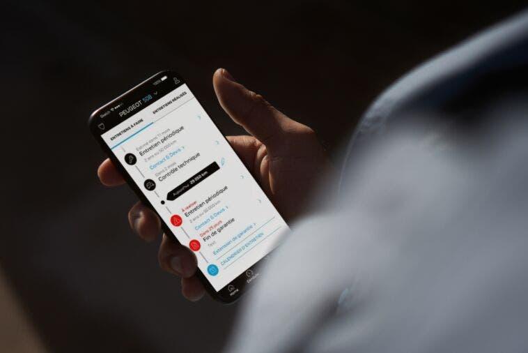 App MyPeugeot smartphone