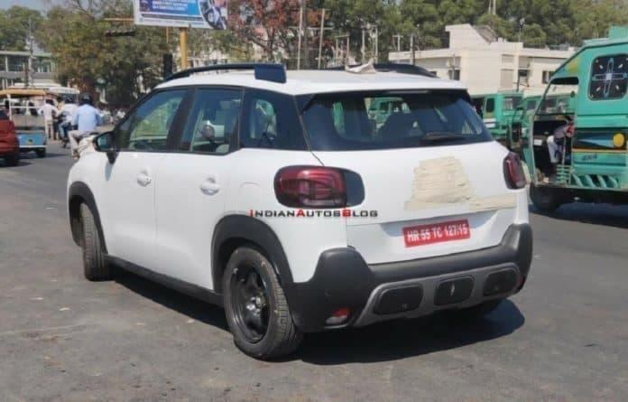 Citroën C3 Sporty foto spia base Aircross