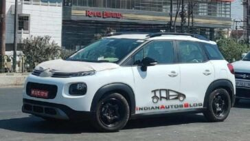 Citroën C3 Sporty foto spia base Aircross