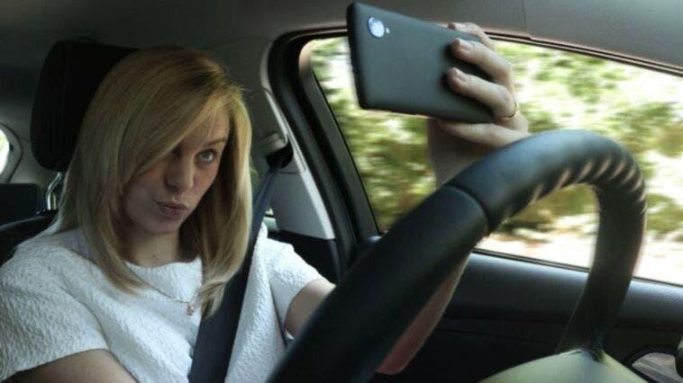Distrazione da smartphone alla guida