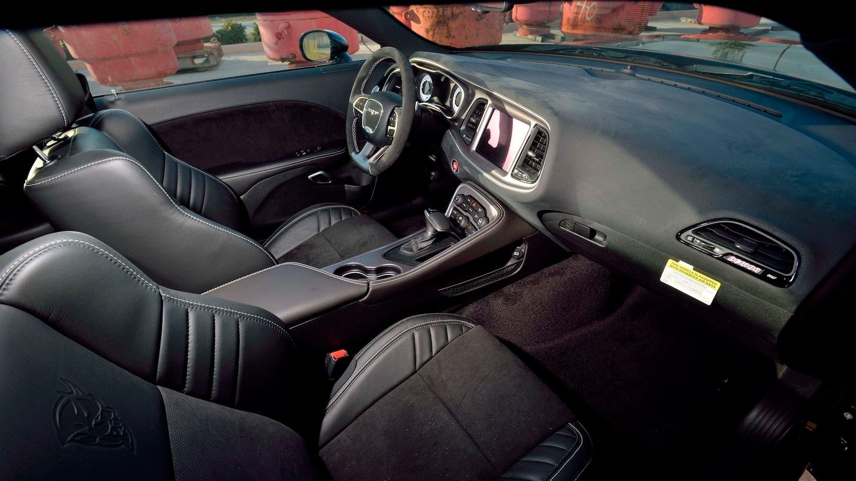 Dodge Challenger SRT Demon 5 km asta