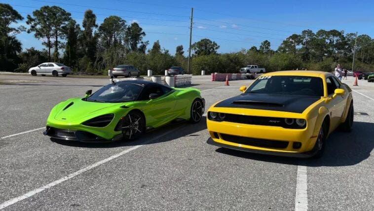 Dodge Challenger SRT Demon vs McLaren 765LT drag race