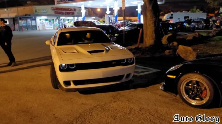 Dodge Challenger SRT Hellcat vs Chevrolet Corvette Z06 C6