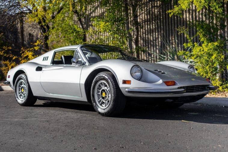 Ferrari Dino 246 GTS 1972 specifiche statunitensi asta