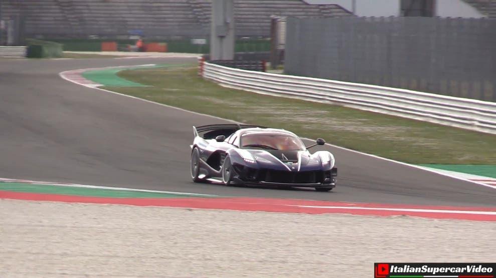 Ferrari FXX-K Evo circuito Misano
