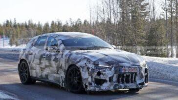 Ferrari Purosangue test invernali foto spia