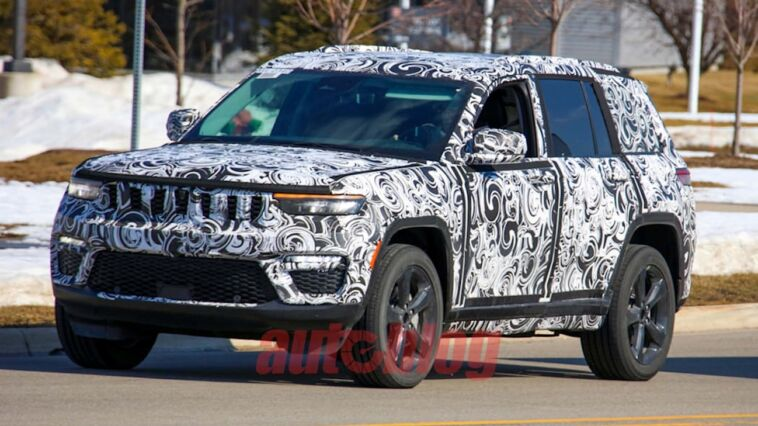 Jeep Grand Cherokee 2022 foto spia