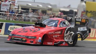 Mopar Dodge supporto NHRA