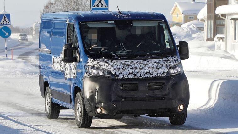 Nuovo Fiat Ducato test invernali foto spia
