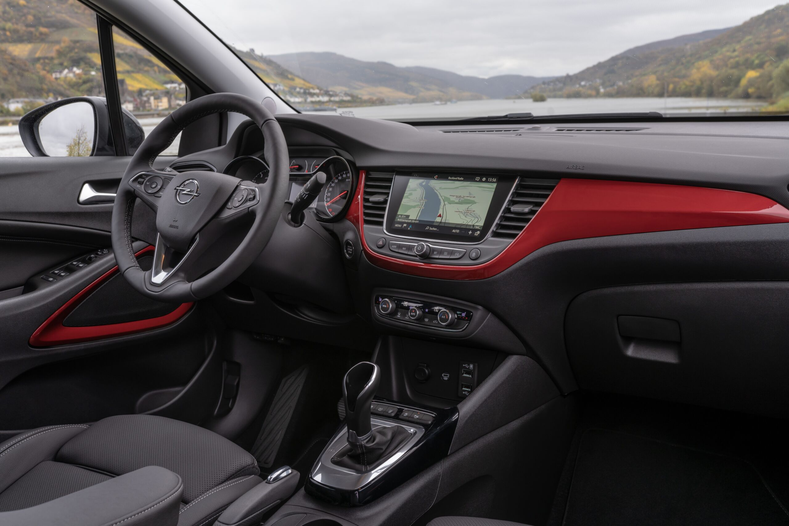Nuovo Opel Crossland tour lago di Como