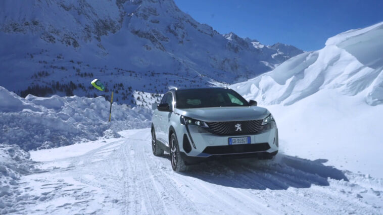 Nuovo Peugeot 3008 sistema HADC