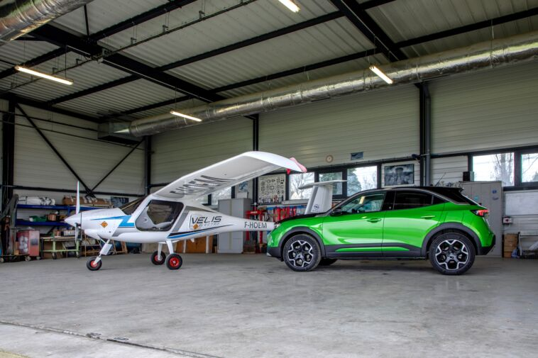 Opel partner ufficiale Federazione aeronautica francese
