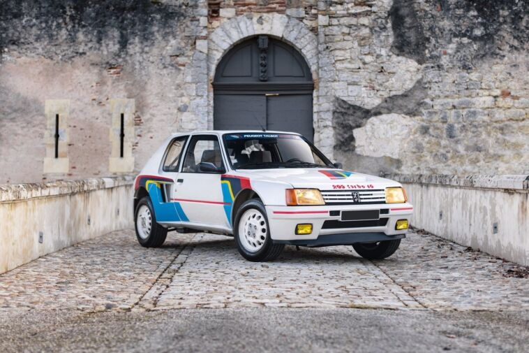 Peugeot 205 Turbo 16 asta