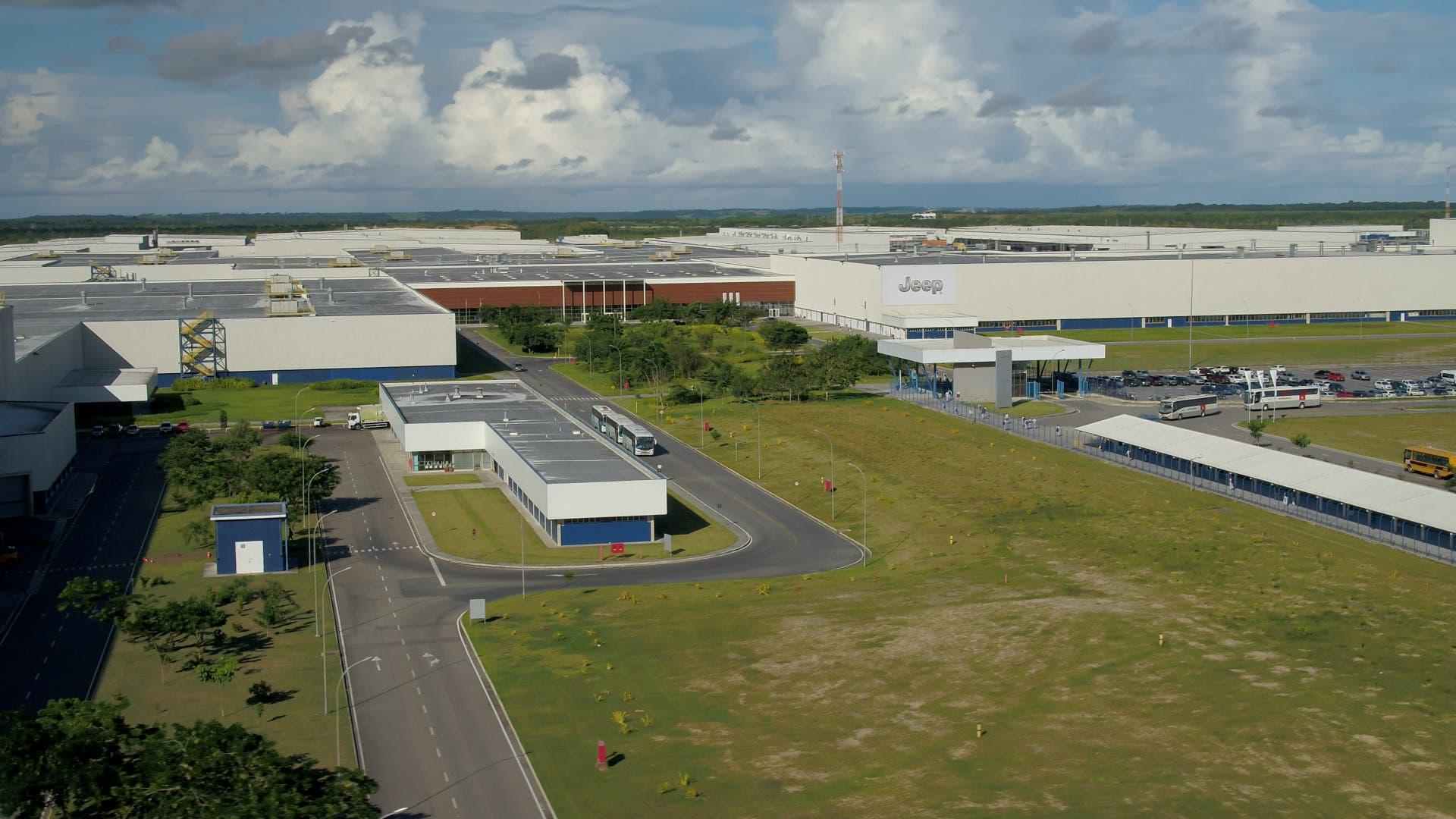 Stabilimento Jeep Pernambuco 1 milione veicoli prodotti
