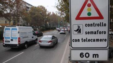 autovelox semaforo