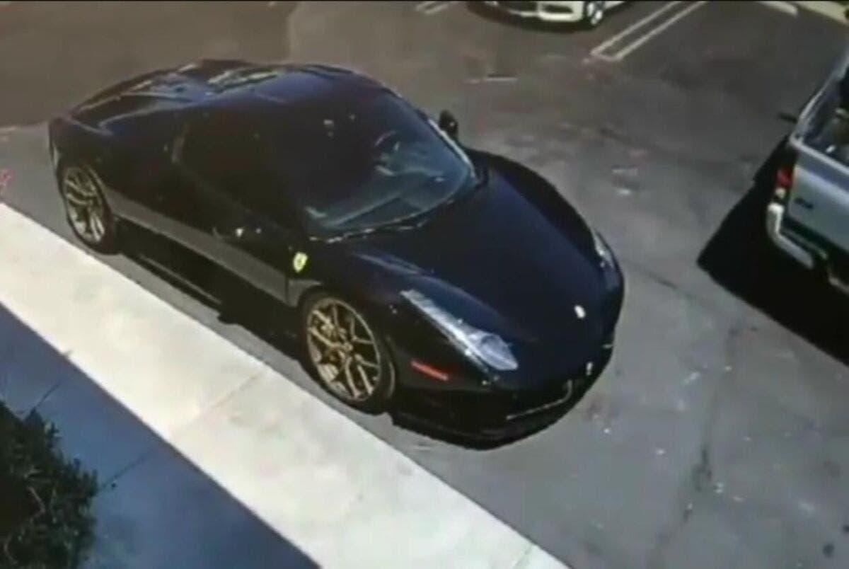 Ferrari 458 Spider nera
