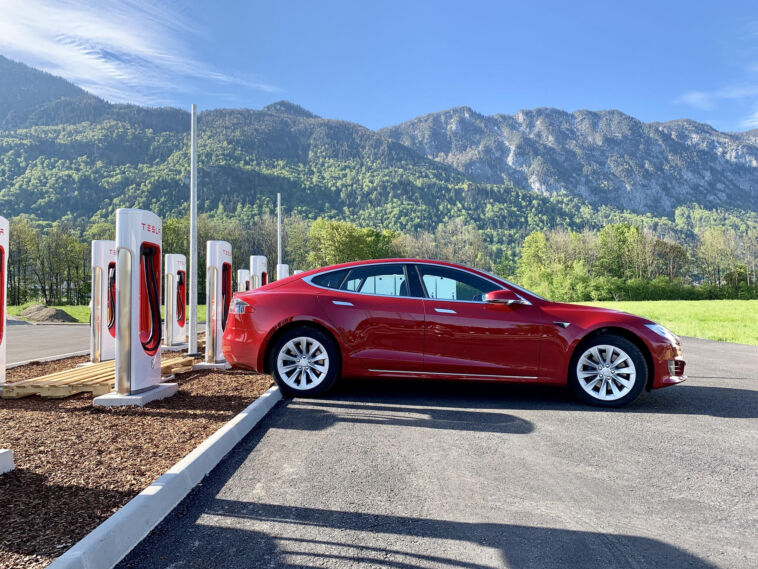 i supercharger tesla in europa