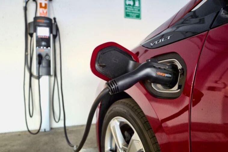 100 miliardi di dollari per l'auto elettrica