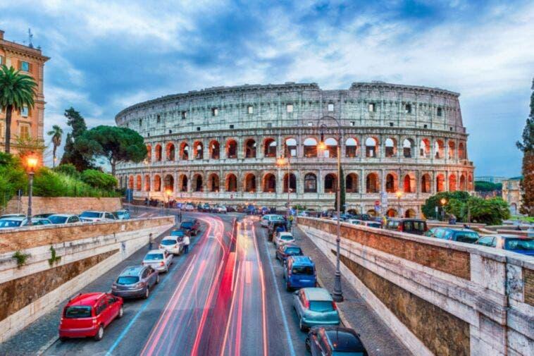 A Roma l'82% degli spostamenti avviene in auto