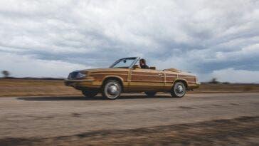 Chrysler LeBaron Town & Country Convertible 1985 asta