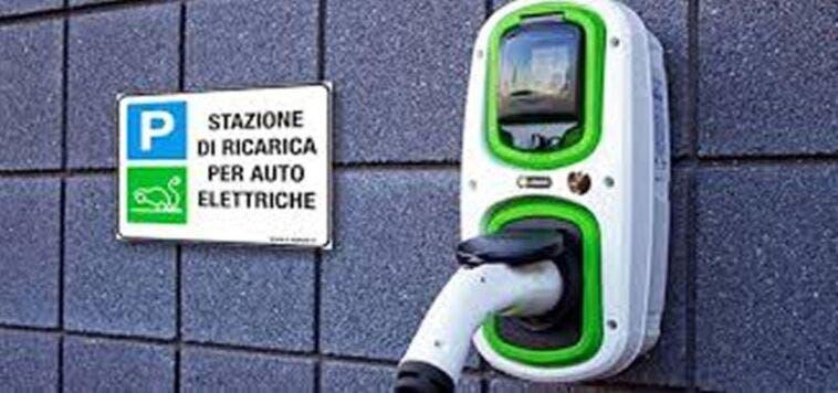 Colonnine elettriche in Italia