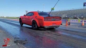 Dodge Challenger SRT Demon vs Challenger SRT Hellcat Redeye drag race