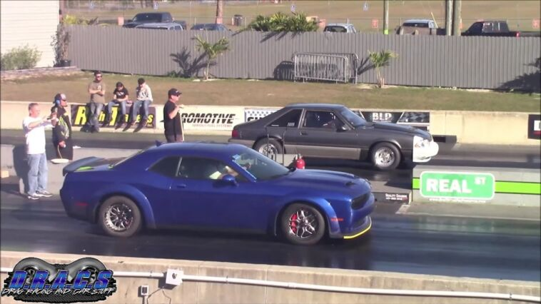 Dodge Challenger SRT Hellcat Redeye 9 secondi drag race