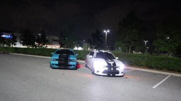 Dodge Challenger SRT Hellcat biturbo vs Charger SRT Hellcat drag race