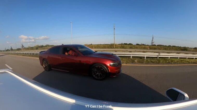 Dodge Charger SRT Hellcat 1000 CV vs Chevrolet Camaro SS 800 CV drag race