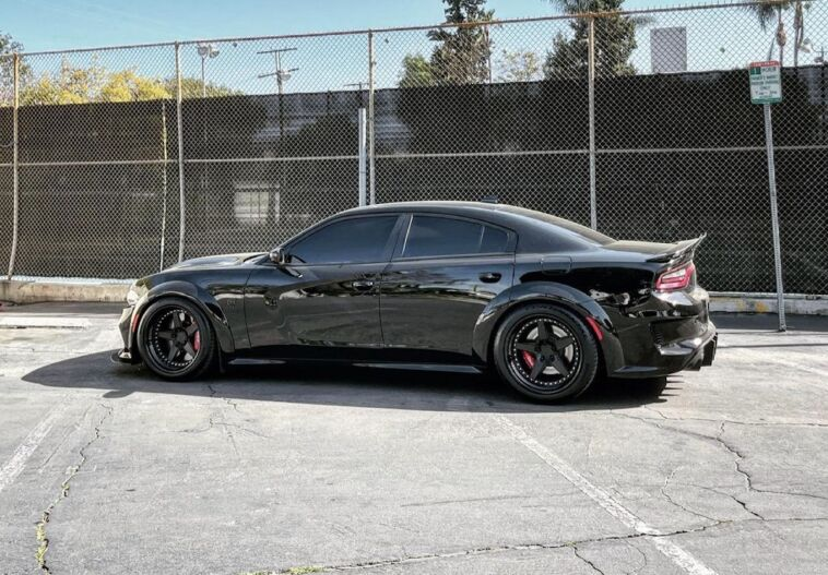 Dodge Charger SRT Hellcat Redeye modificata