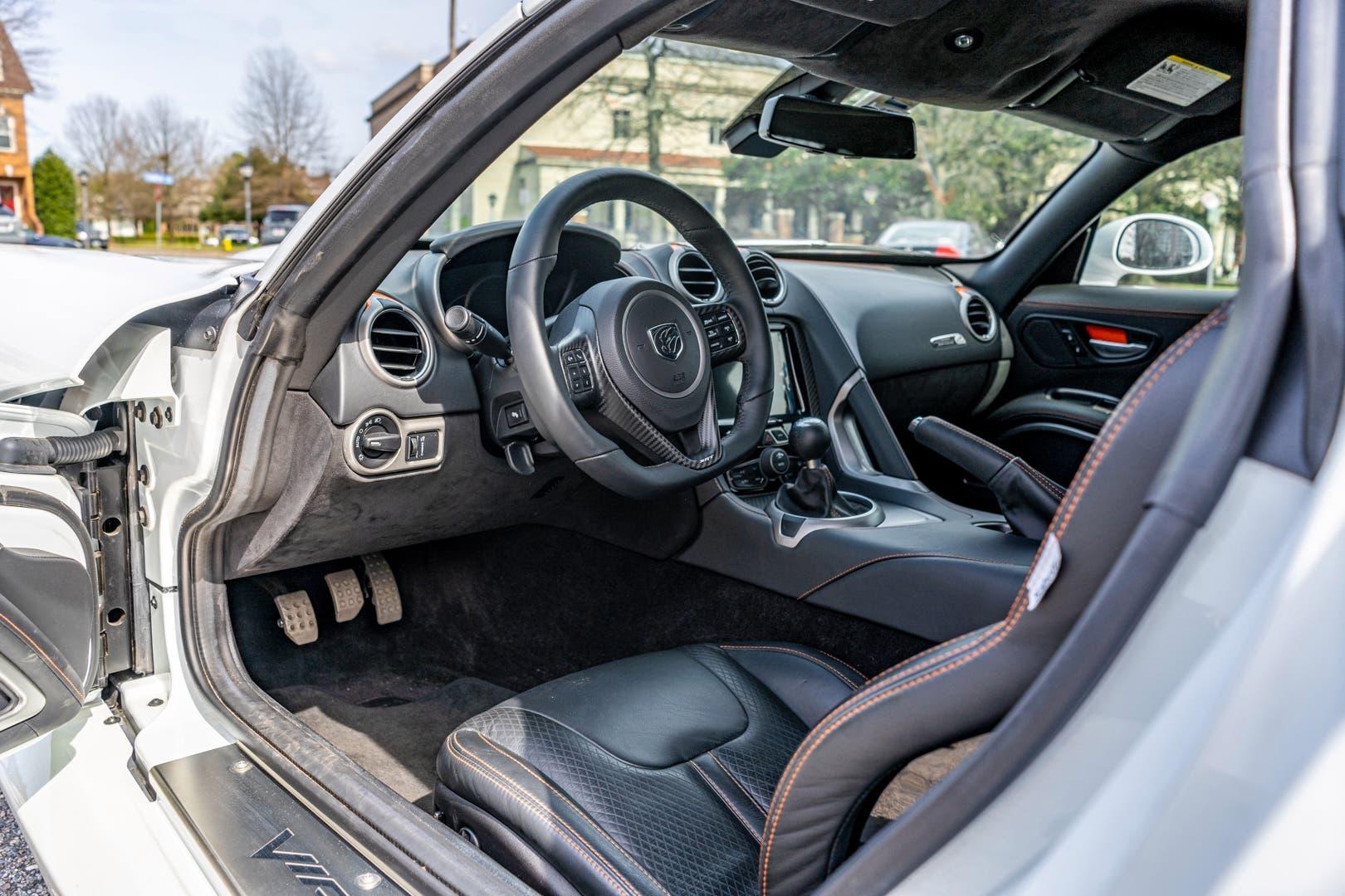 Dodge Viper GTC 2017 asta