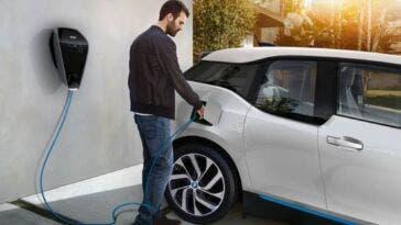 Emissioni delle auto nuove in Europa la media cala del 12%