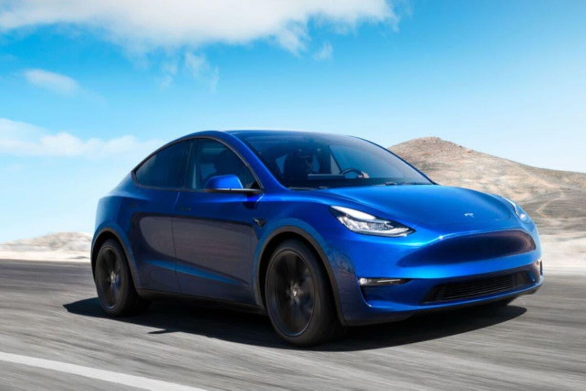 Incidente mortale Tesla con Autopilot