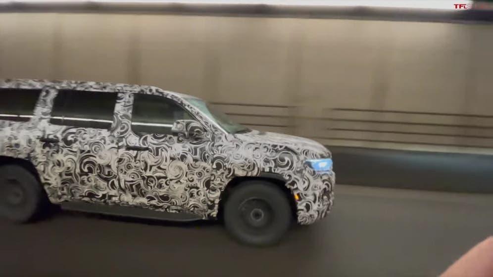 Jeep Grand Wagoneer 2022 nuovo prototipo
