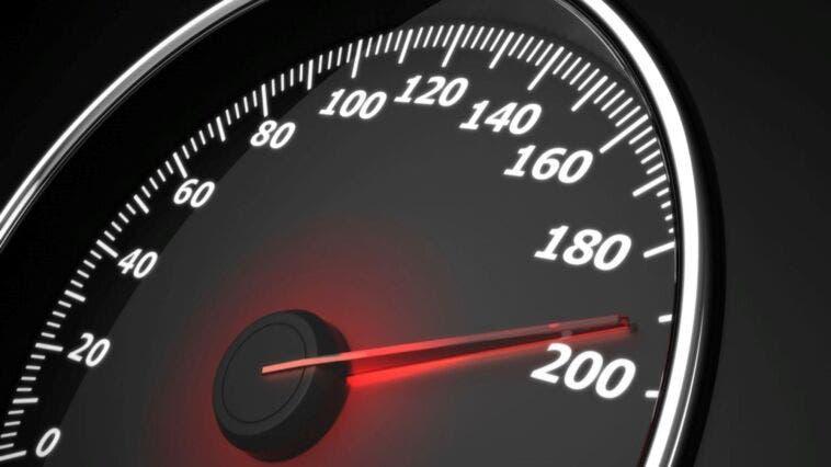 Limite a 180 kmh