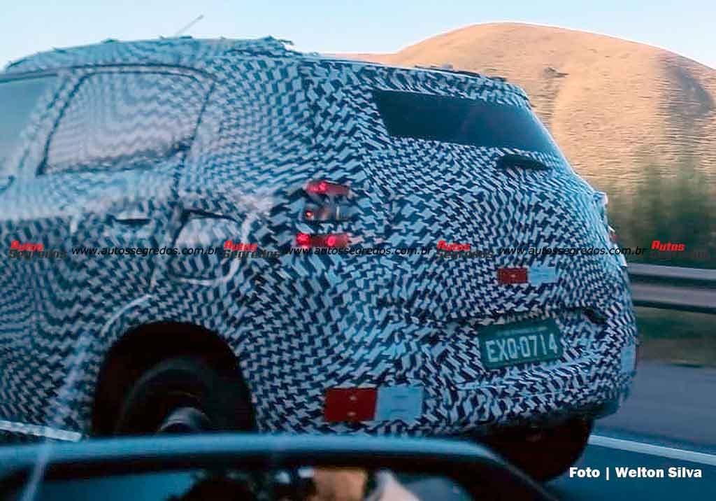 Nuova Citroën C3 foto spia