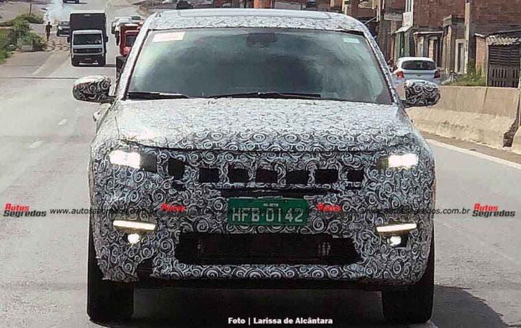 Nuova Jeep a sette posti ultime foto spia