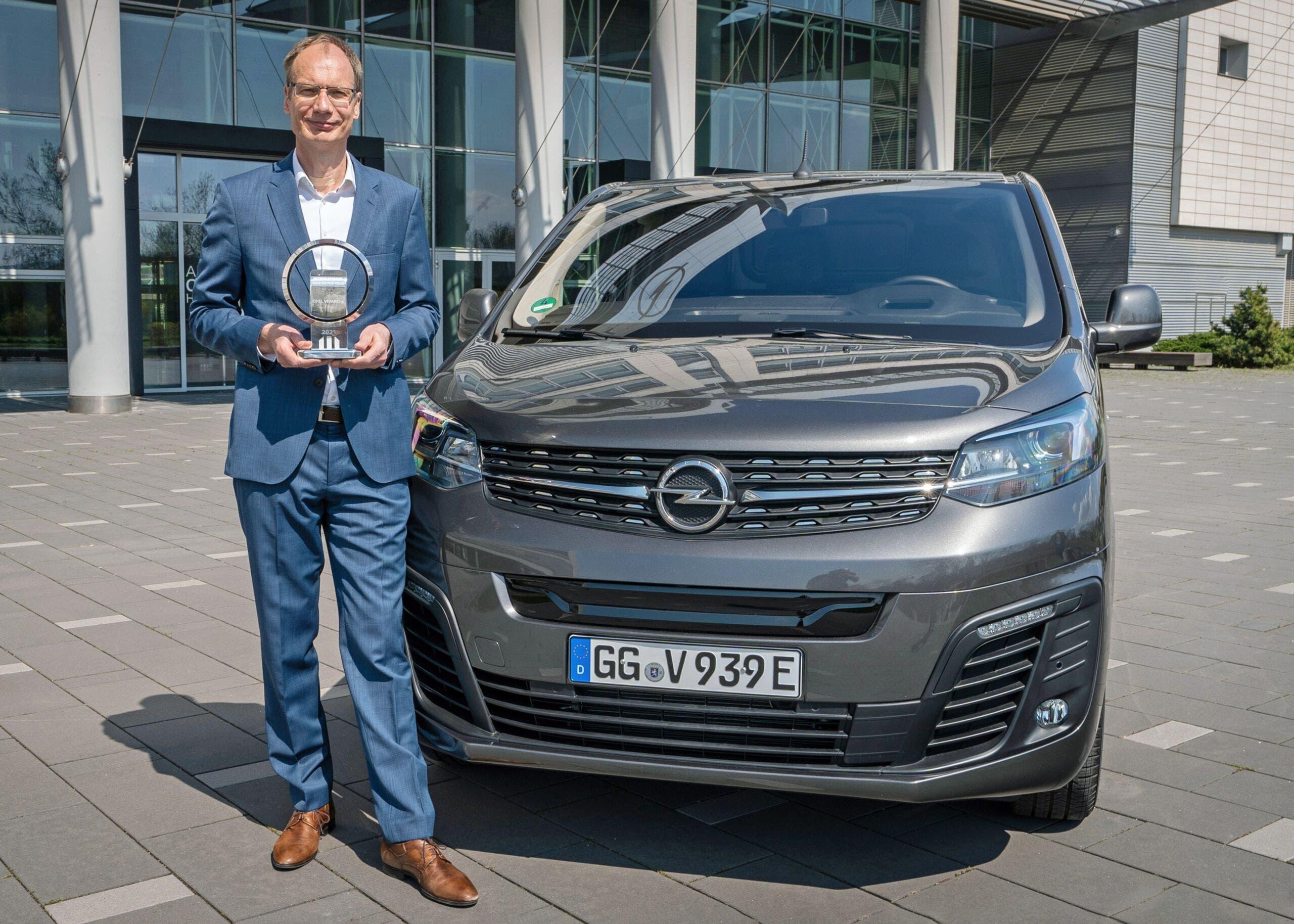 Nuovo Opel Vivaro-e International Van of The Year 2021